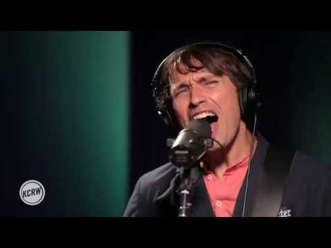 """Peter Bjorn and John performing """"Dominos"""" Live on KCRW"""
