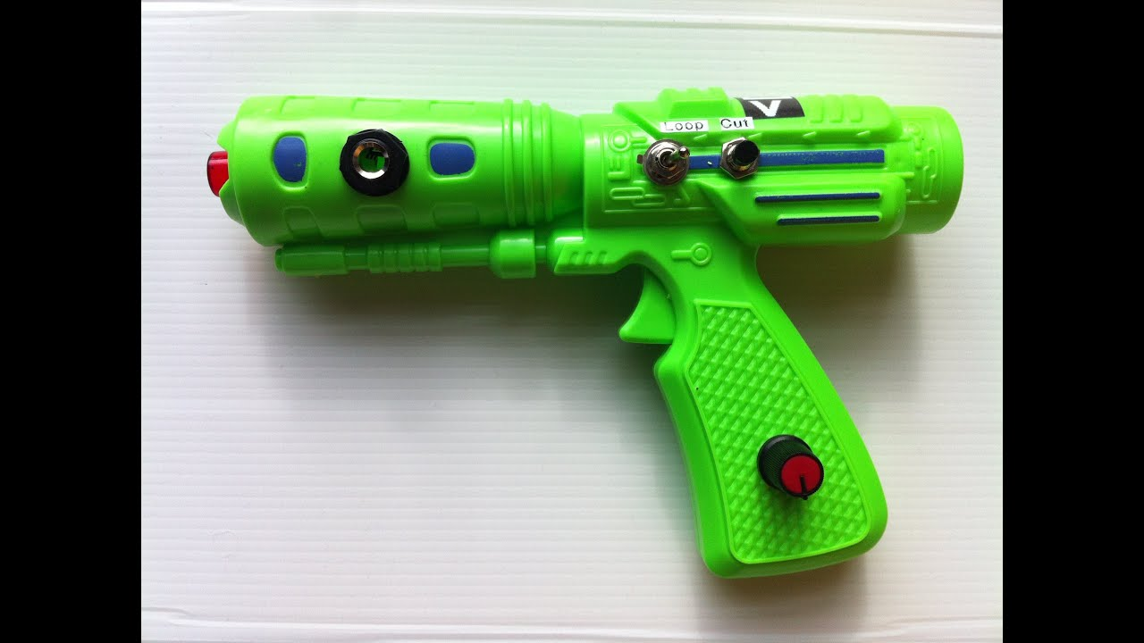 Circuit Bent Toy Ray Gun By Psychiceyeclix Circuitbending Circuitbent Noise Toys Cementimental