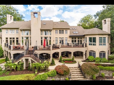 Prestigious Mansion in Anchorage, Kentucky | Sotheby's International Realty