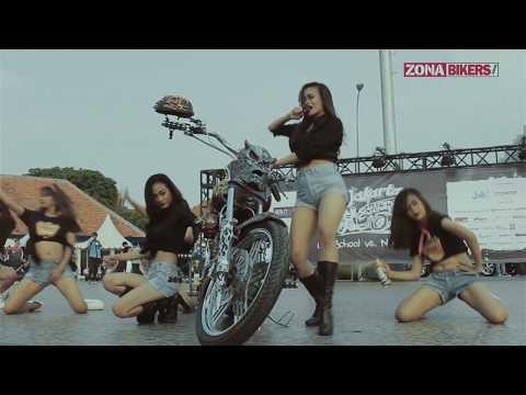 Widih! Sexy Dancer ramaikan Jakarta Custom Culture 2017