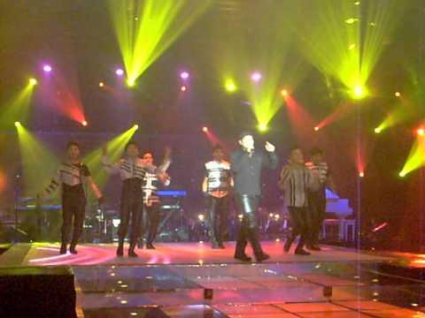 VICKY RHOMA - ADU DOMBA (MNCtv-26/10/2011)
