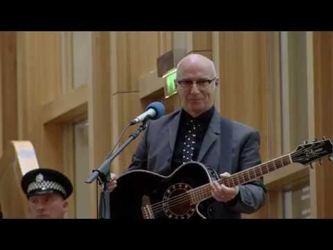 """Midge Ure performs the Robert Burns song """"A Man's a Man for A' That"""""""
