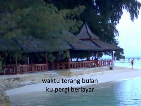 Pulau Seribu dengan lirik lagu Tetty Kadi
