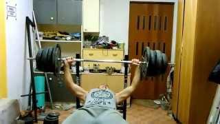 Wyciskanie na klate 100 kg - 14 Lat 2017 Video