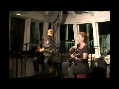 Kathleen Edwards & Jim Bryson - Six O'Clock News