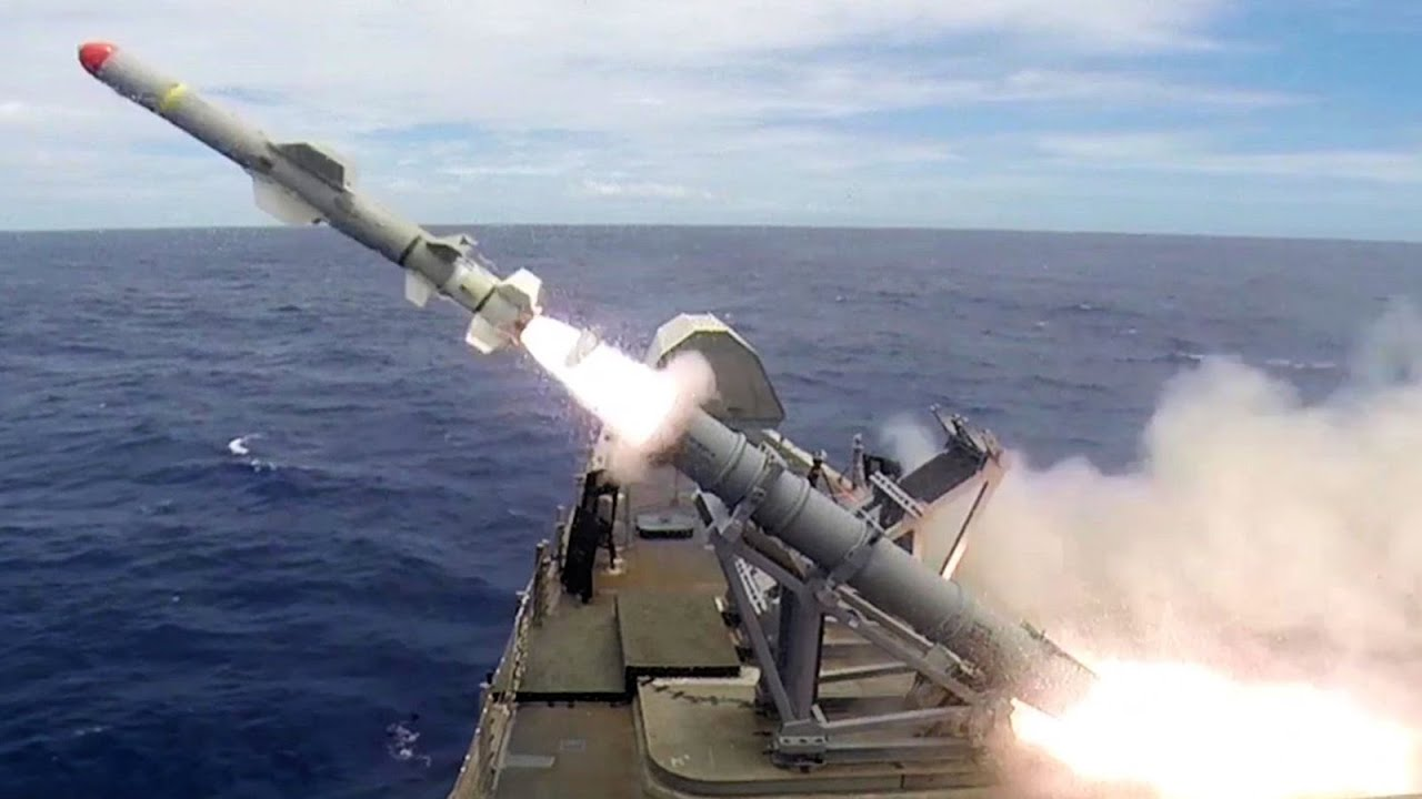 Littoral Combat Ship – Harpoon Missile Live Fire - YouTube