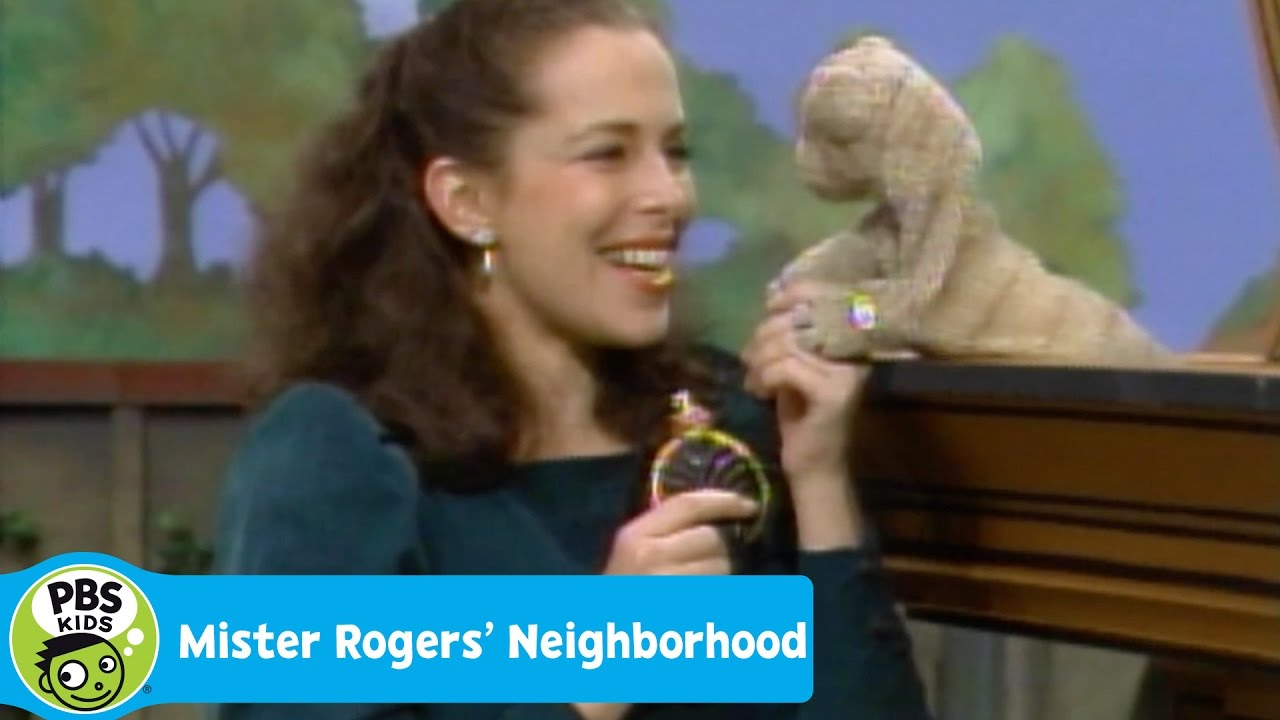 Mister Rogers Neighborhood Lady Aberlin And Daniel Tiger Talk And Sing About Mistakes Pbs Kids Youtube