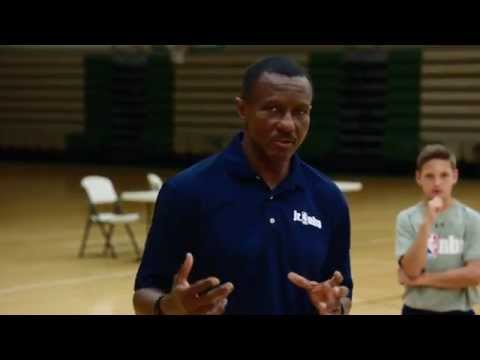 Dwane Casey of the Toronto Raptors Teaches Closing Out on Defense
