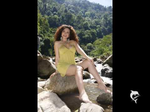 janet Barboza, las mejores piernas!!!!