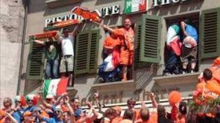 Euro 2008: Holland-Italy tribute to Holland fans