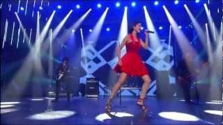 """Selena Gomez & The Scene - Round & Round (live on """"America"""
