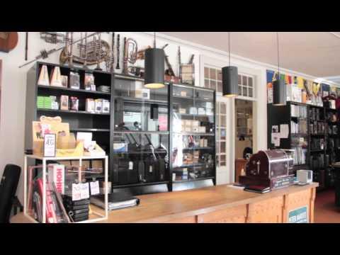 Marno Sørensen / Musical Instrument Store / Copenhagen / VintageandRare.com