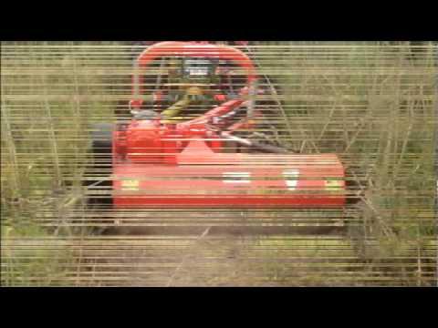 Tracto Agria Con Desbrozadora Tractor Zomax Zm Agl145 Con Desplazamiento Hidráulico Lateral.Wmv