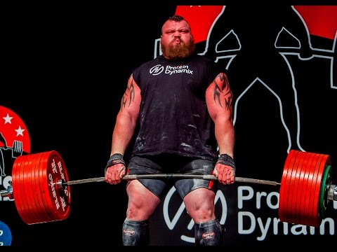 Strongman Eddie Hall deadlifts world record HALF A TON