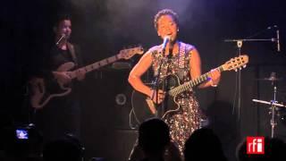 "Elida Almeida chante ""Nta Konsigui"""
