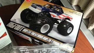AMT 1/25 scale Bigfoot Monster Truck build 01