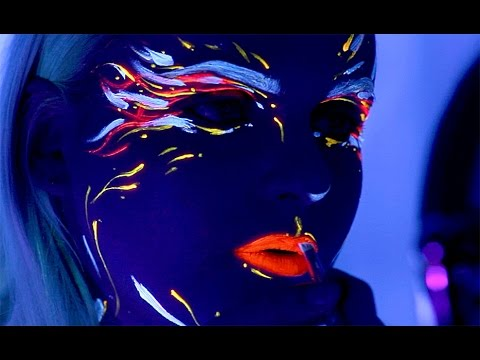 UV Blacklight Rave Makeup Tutorial Collaboration PUNCHINGPICTURES - YouTube