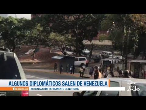 Familias De Diplomáticos De La Embajada De EEUU Salen De Venezuela