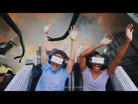 The New Revolution Roller Coaster con Realidad Virtual  ¡Lo Nuevo en 2017!