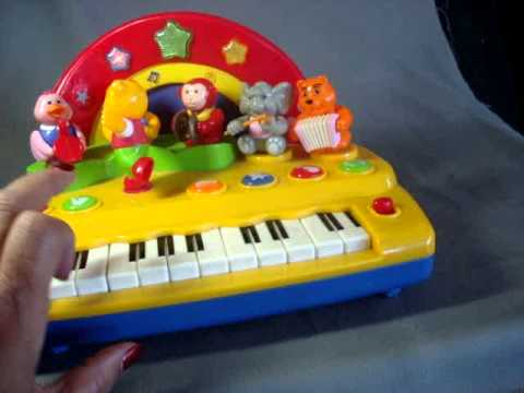 toy kids keyboard and band