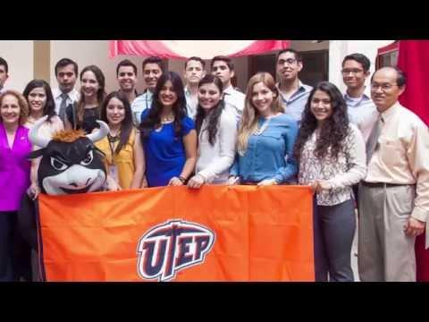 Estudiantes de la Universidad de Texas El Paso UTEP