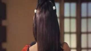 Shamita Shetty hot kiss with Uday Chopra