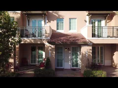 Luxury Townhouse For Sale in Pembroke Pines Florida
