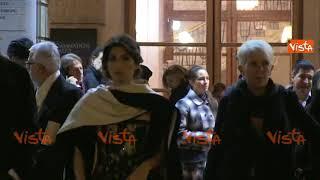 Virginia Raggi al Teatro dell'Opera con l'abito della Magnani firmato Gattinoni