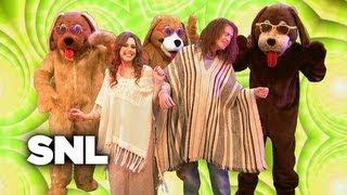 The Miley Cyrus Show: Whitney Houston - Saturday Night Live