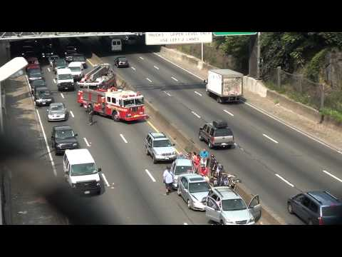 Video#893 Cross Bx Expwy Accident Pt 1