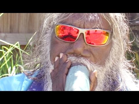 Djalu Gurruwiwi 2017 | Blue Bamboo didgeridoo