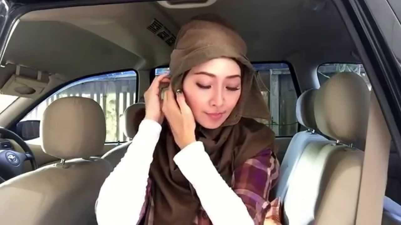 Easy Hijab Tutorial 31 Menyulap Kemeja Cowok Lengan Pendek Jadi