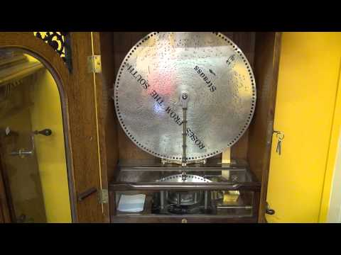 Antique Polyphon: Music Box playing