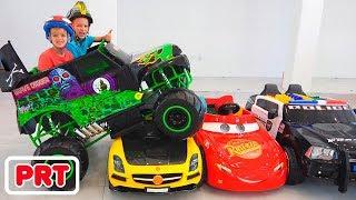 Vlad e Nikita andam de caminhão monstro de brinquedo e passam pelos carros para crianças