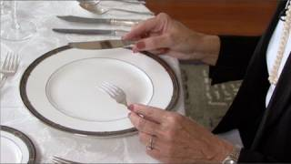 Dining Etiquette For Beginners(Etiquette expert Nancy R. Mitchell explains established rules and nuances of formal dining etiquette. See more great MonkeySee food & drink videos here: ..., 2011-09-19T14:05:42.000Z)