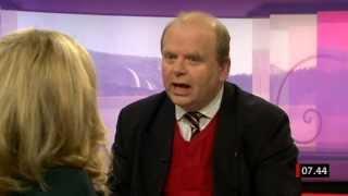 Skandalen med hästkött. Landsbygdsministern Eskil Erlandsson vill inte ha ursprungsmärkning.