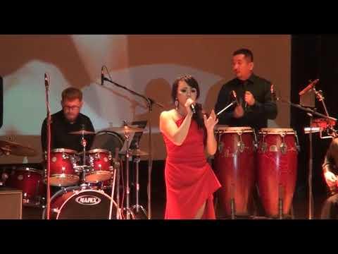 Сольный концерт Эльмиры Камарницкой «Грею счастье»