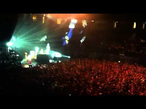 AVICII PSU Tribute - Zombie Nation 11/17/11