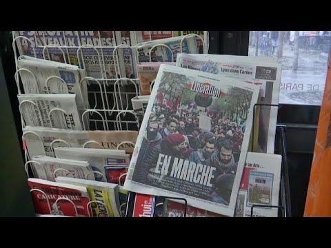 Greve contra reforma das pensões bloqueia França de norte a sul