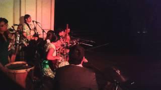 Herminda de la Victoria - En el río Mapocho / Lo único que tengo (Voces del Presente)