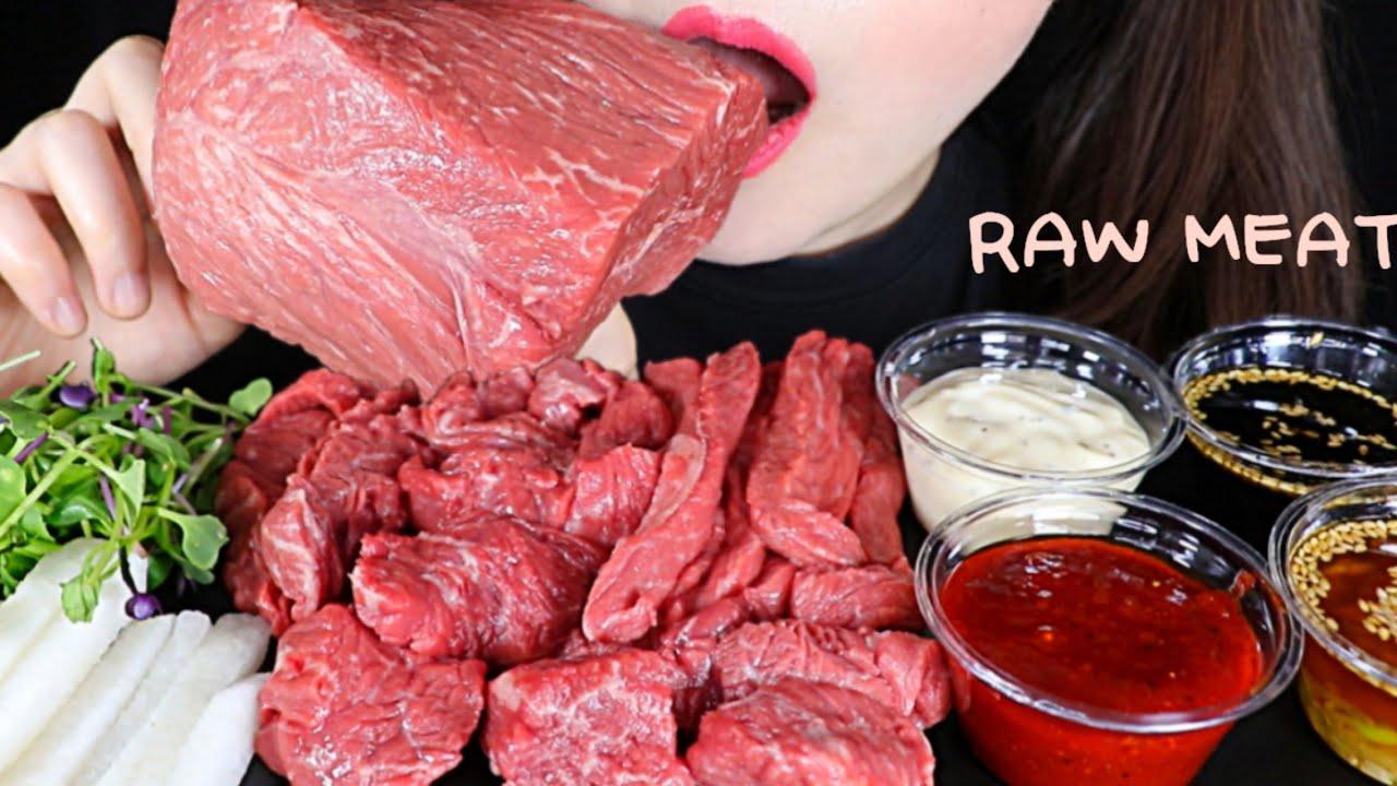 "ASMR ""Raw Meat"" 한우 뭉티기 육사시미, 육회 4가지 소스랑💕 YUKHOE ASMR MUKBANG EATING SOUNDS   Sua ASMR 수아"