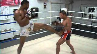 "Simon ""Bad Bwoy"" Marcus Smashing Pads with Ajahn Suchart: Argentina Countdown 02"