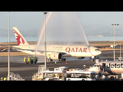 WORLD'S LONGEST FLIGHT | Qatar Airways 777-200LR | Landing and Water Salute at Auckland Airport