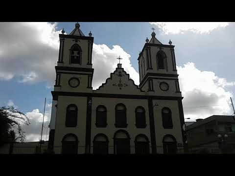 Mostrando a praça padre Cícero em agrestina Pernambuco
