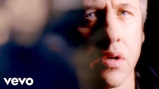Watch Mark Knopfler Darling Pretty video