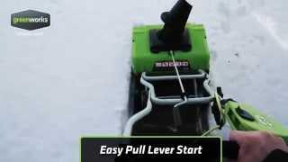 Обзор Снегоуборщик электрический GreenWorks W50 в работе.