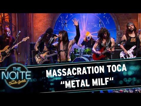"Massacration toca ""Metal Milf"" | The Noite (23/06/17)"