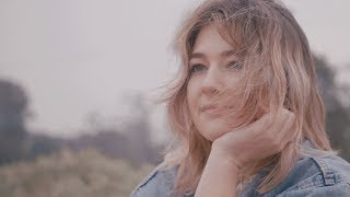 Yumi Zouma - Cool For A Second (Official Music Video)