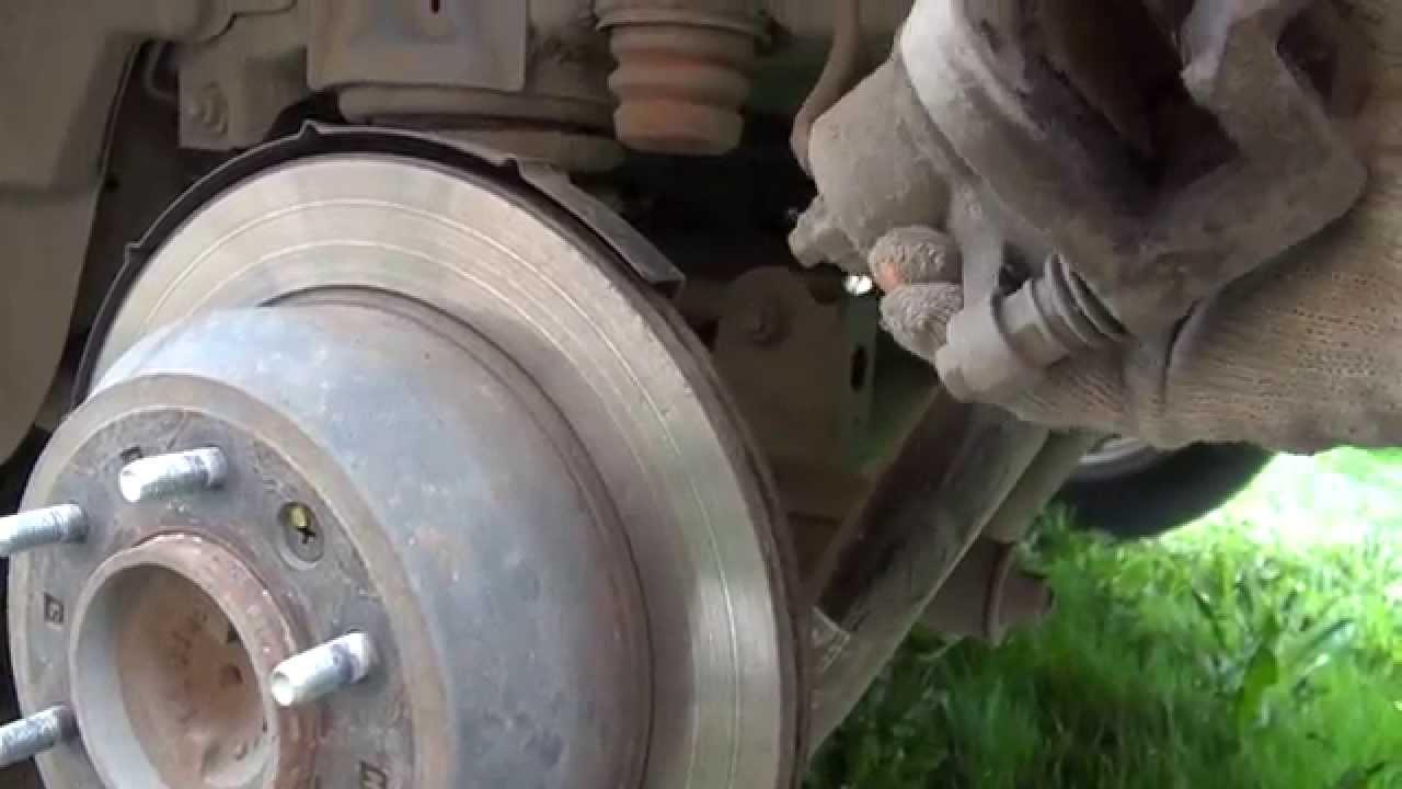 hyundai starex замена передних тормозных дисков