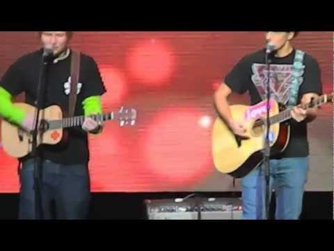 "ED SHEERAN & JASON MRAZ- ""Empire State Of Mind"" - Jingle Ball 12/7/12"